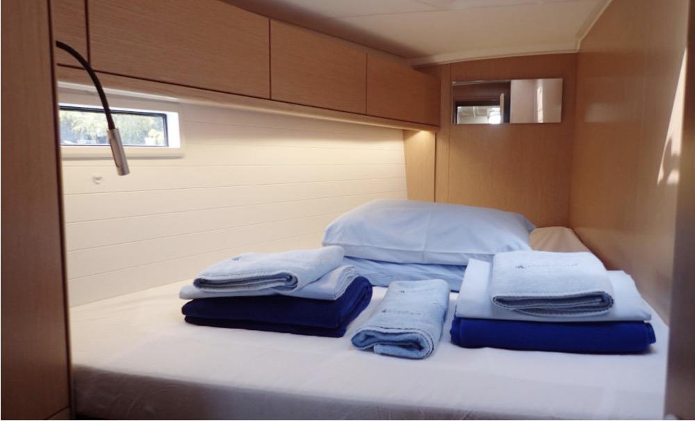 Bavaria 46-Cabin .jpg