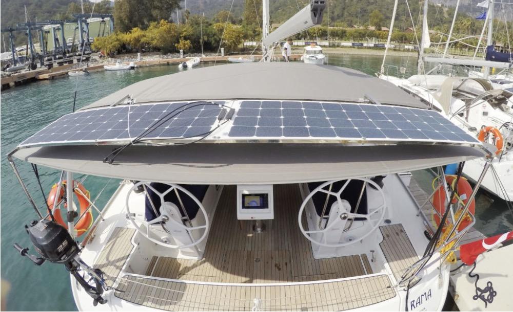 Bavaria 46-Solar panels.jpg