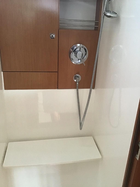Bavaria 46-shower room.jpg