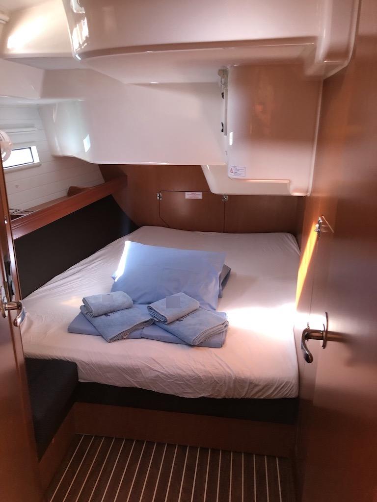 Bavaria Cruiser 51-Nanna Aft Cabin.jpg