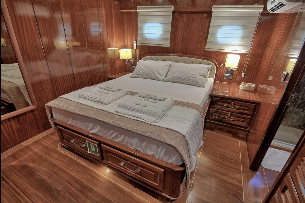 Deluxe Gulet -Double cabin.jpg