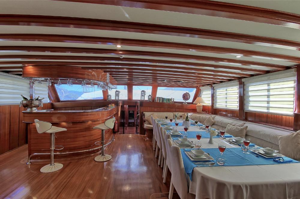 Deluxe Gulet -Inside dining.jpg