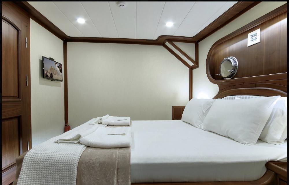 Deluxe Gulet-Double cabin.jpg