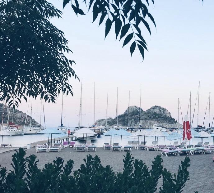 Ciflik Bay - Azmak Restaurant